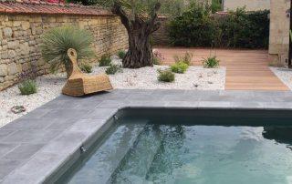 Abords de piscine - piscine aménagée 79